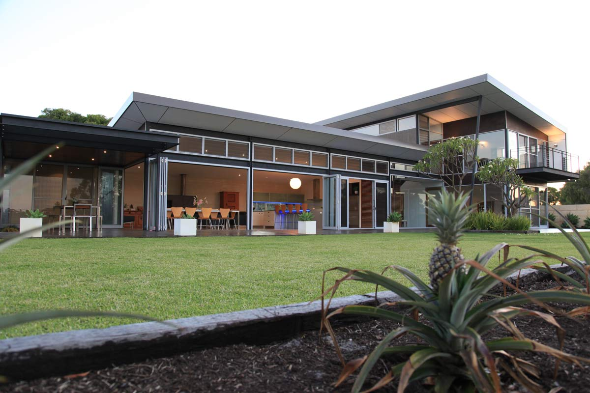 Indoor Outdoor Living Eco Home design in Yallingup by Busselton architect, Threadgold Architecture Perth & Busselton.